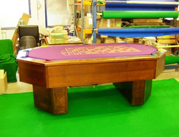 Octapool Table