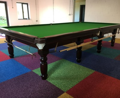 Full Size RILEY CLUB - TURNED LEG Snooker Table