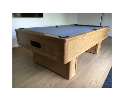 Emperor English Pool Table in Oak with Pedestal Leg