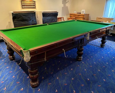 10ft Snooker Table