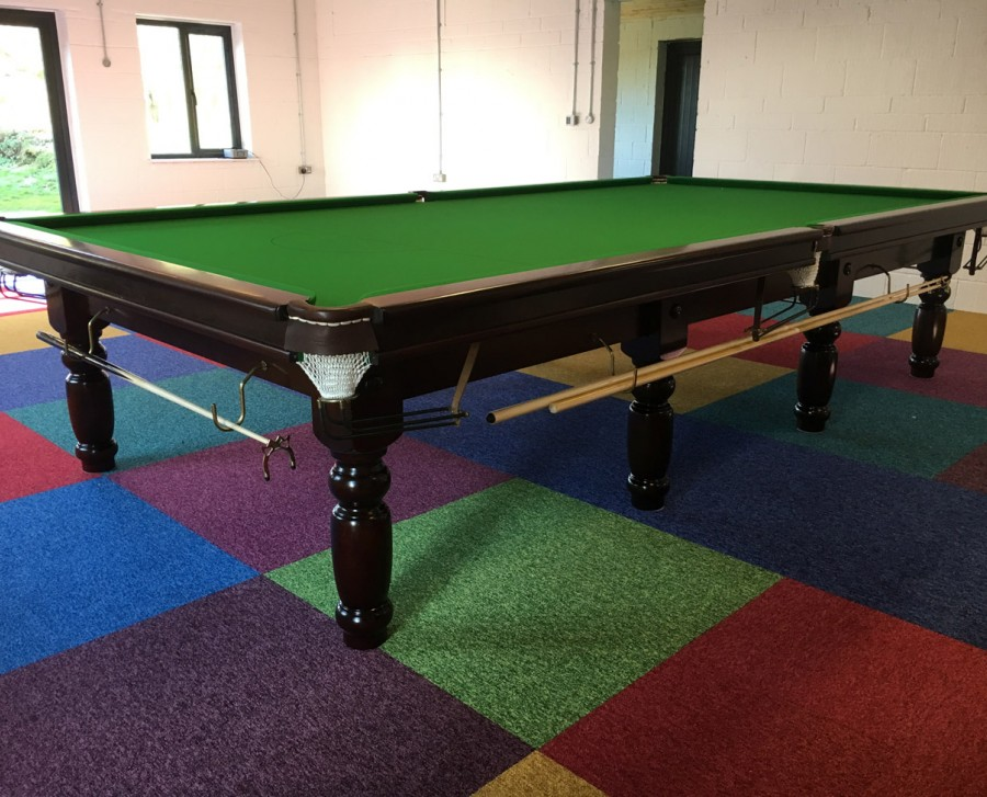 Full-Size RILEY CLUB Snooker Table