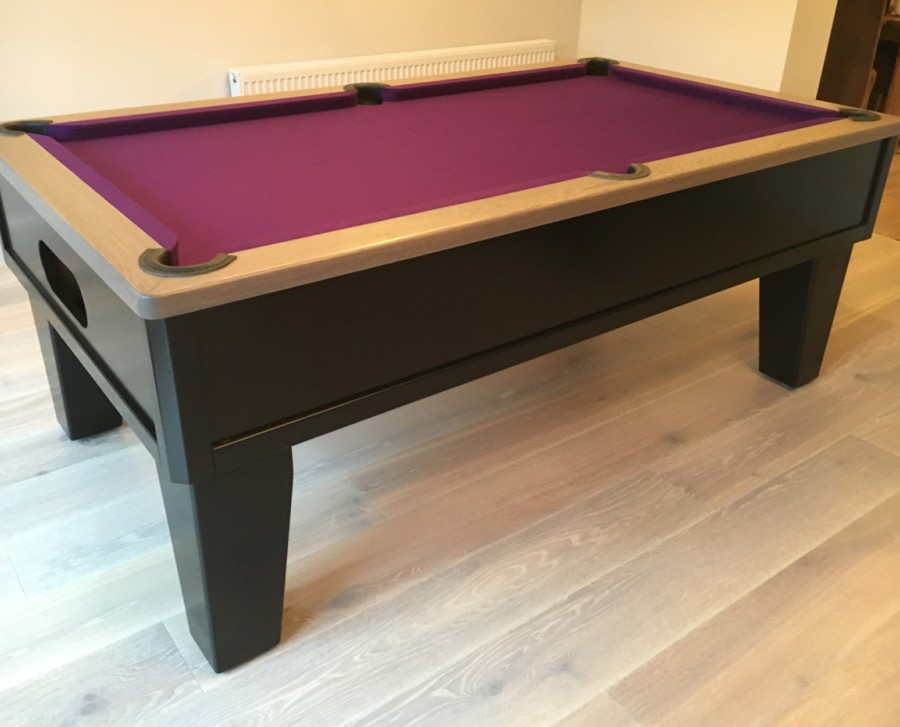 "Emperor English Pool Table with 8"" Tapered Leg"