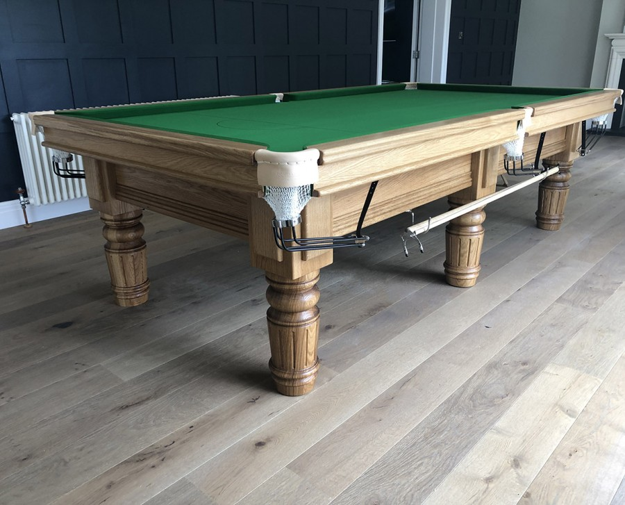 Connoisseur 9ft Snooker Table Straight Turned/Fluted Legs