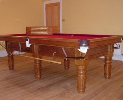 Royal Executive 8' x 4' Snooker Table (in Red) with Straight Turned/Fluted Legs