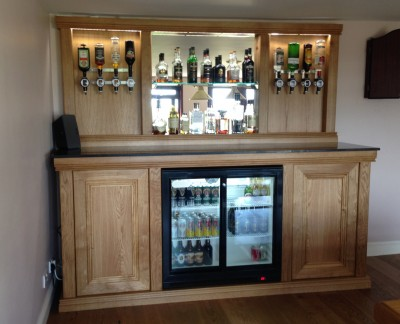 Connoisseur Traditional Back Bar