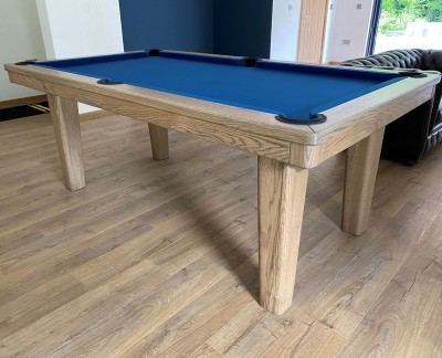 Royal English Pool Table - Tapered Legs